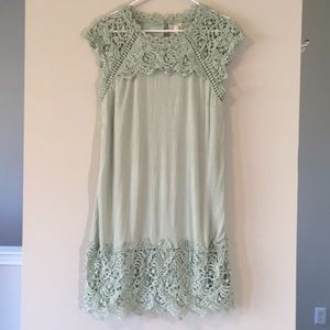 Dresses & Skirts - LACE EMBROIDERED FLORAL SLEEVELESS STRETCH DRESS